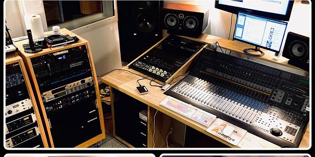 Studio H2 - Régie 84012