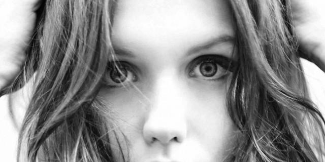 Sylvia Galmot - Ana Girardot, actrice. Portrait pour magazine ELLE. 78906